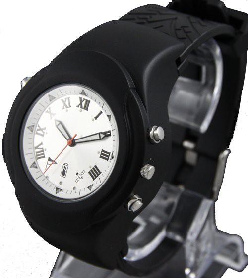 שעון יד לוויני  אוגר נתונים ומראה את הדרך חזרה