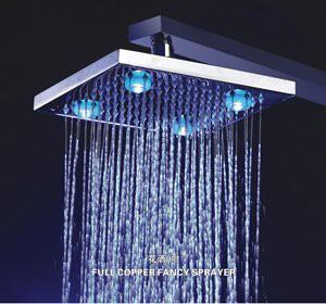 ראש מקלחת בגודל 8 אינץ עם תאורת לדים מתחלפת