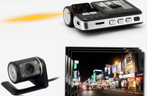 מצלמה כפולה לרכב הכוללת מצלמה קדמית ואחורית XD66