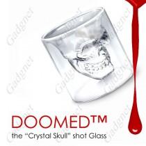כוס קריסטלית בצורת גולגולת
